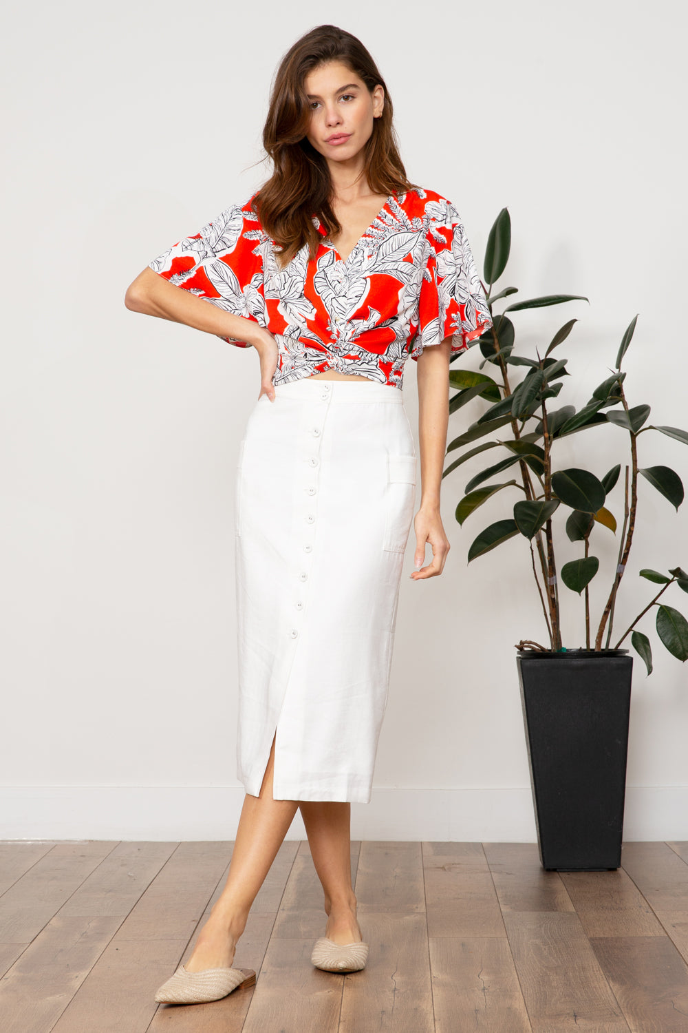 Lela Twist Top
