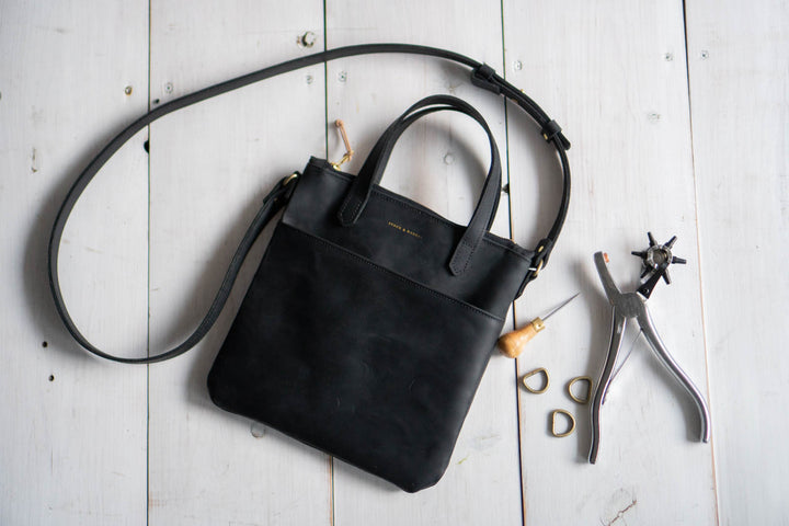 Making a Women's Leather Tote Bag