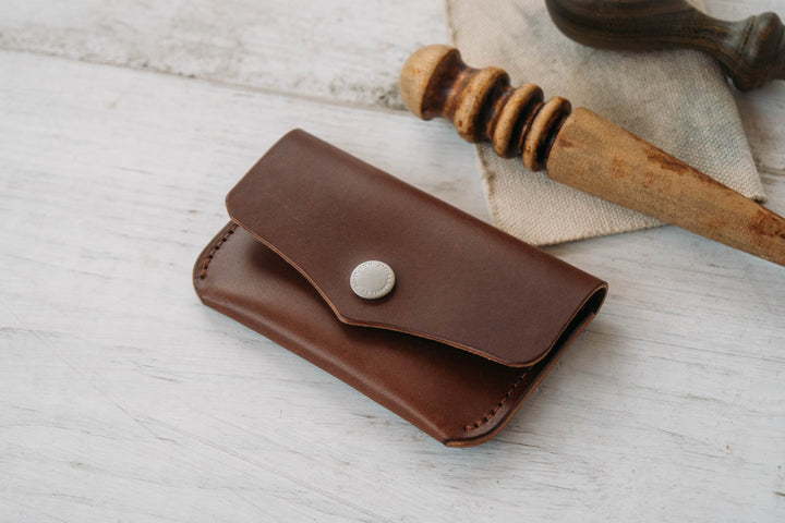 Making a Simple Leather Snap Wallet Card Holder