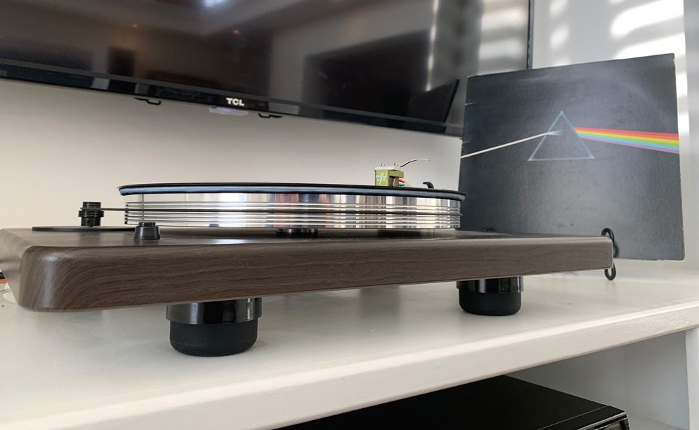 Turntable with Isolation System