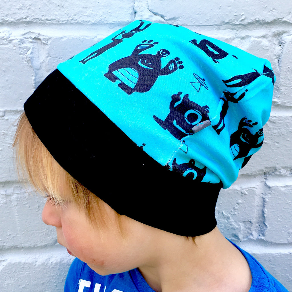 Aliens beanie, slouchy beanie hat, monsters beanie, monsters, aliens, blue