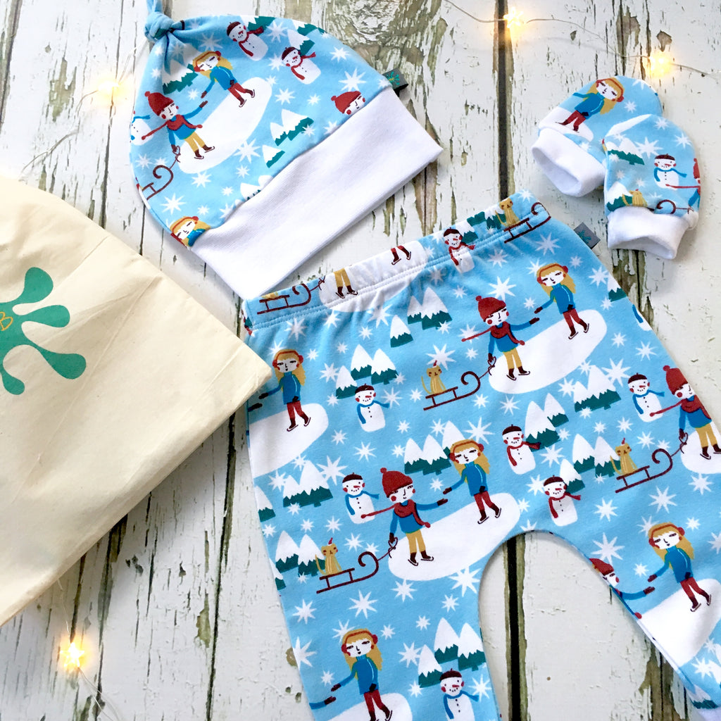NEW Newborn gift set (0-3 m), Christmas baby leggings, knotted hat, scratch mitts, baby clothes, baby gift, baby shower gift, christmas