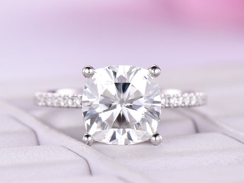 Cushion FB Moissanite Engagement Ring Moissanite Under Halo 18K White Gold 8mm