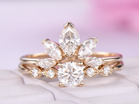 Round Moissanite Engagement Ring  Sets Moissanite Tiara Ring 14k Yellow Gold 5mm
