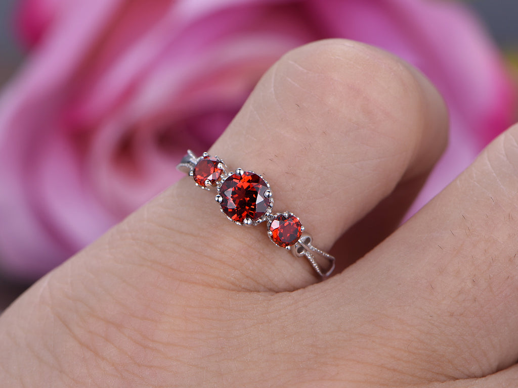 $325 Round Garnet Engagement Ring 14K White Gold – Lord of Gem Rings