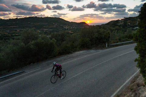Cycling beaks in Sardinia