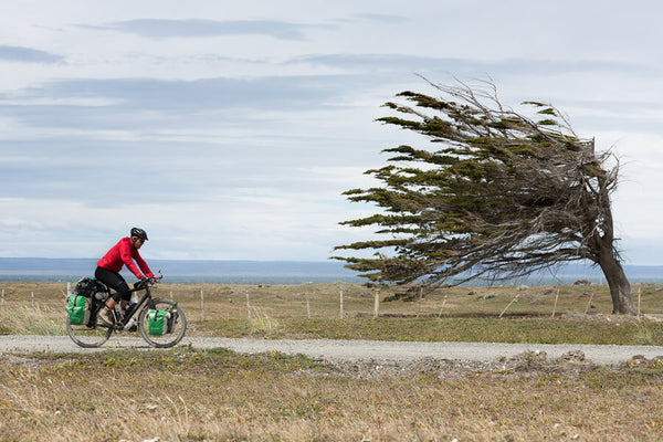 how to cycle in a headwind