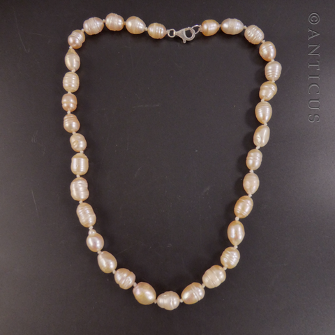 Baroque Pink Pearl Necklace.