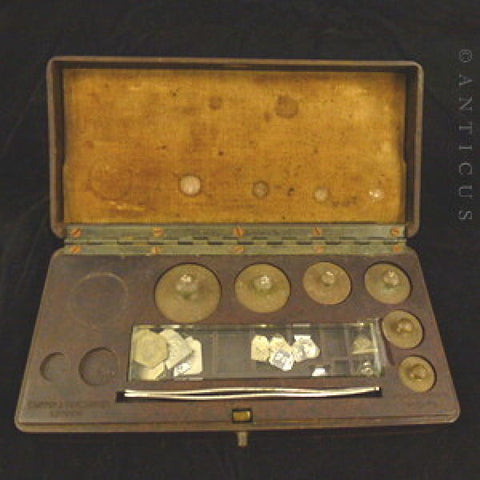 Vintage set of Microid Metric Weights in Bakelite Fitted Box.