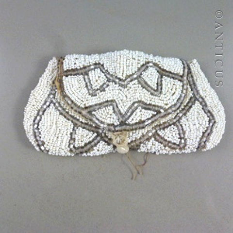 Small Beaded Evening Purse, Early 20th Century.