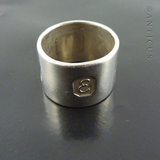 Sterling Silver Novelty Scarf Ring or Woggle.