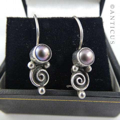 Silver and Black Pearl Drop Earrings.
