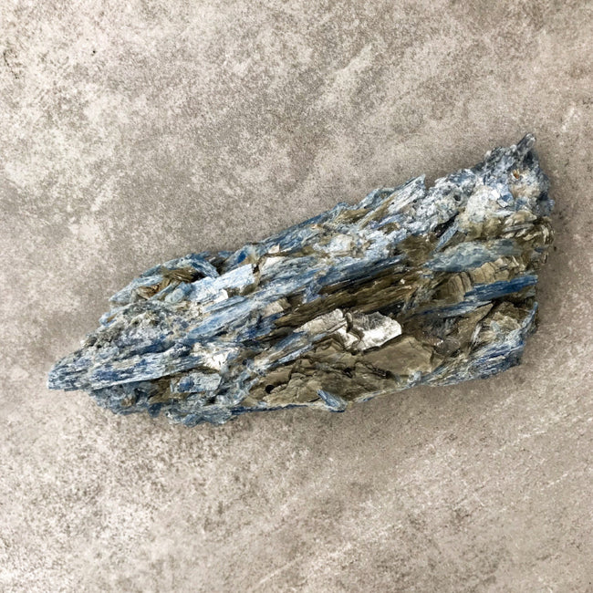 BLUE KYANITE BLADE - LARGE - the_raw_store