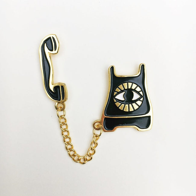 PSYCHIC PHONE PIN - NATIVE BEAR - the_raw_store