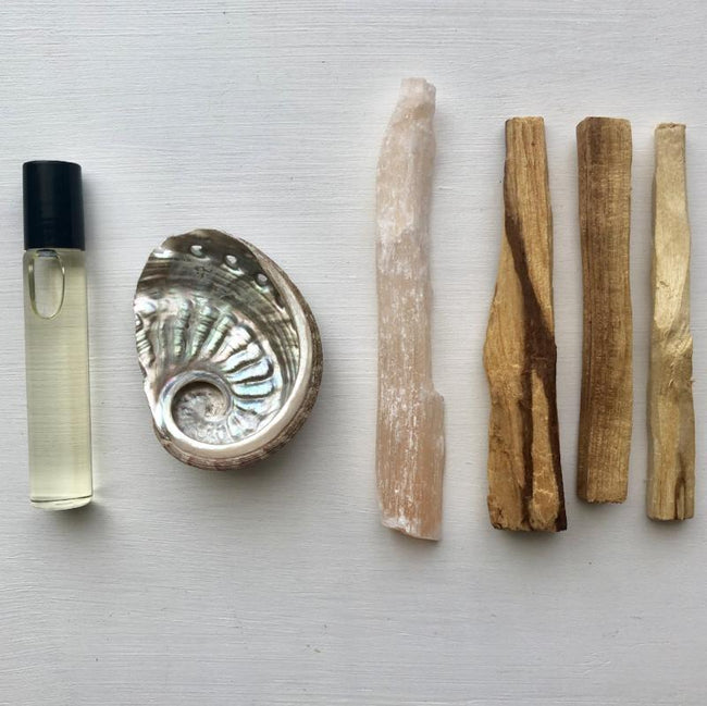 MYSTIC OIL + PALO SANTO SMUDGE BUNDLE - PEACH SELENITE