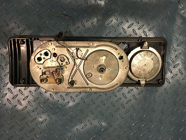 VW Volkswagen Kombi (Type 2) Instrument Housing 11/1973 with Speedo 214-957-021FR