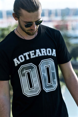 aotearoa black cotton tee | farawaynz | New Zealand