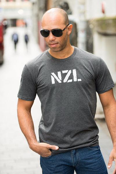 Auckland New Zealand gray tee Souvenir