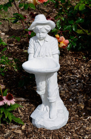The Faraway Garden Beachcomber Boy is a small statue depicting a boy holding a shell. A delightful addition to any garden setting and also works as a great bird feeder or receptacle for finds from the seaside.