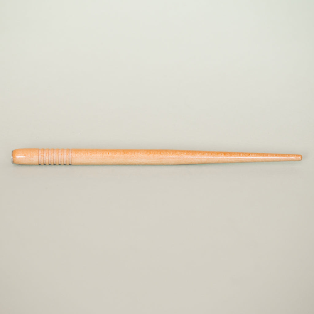 No. 10a Varnished Beechwood Penholder - Ribbed Grip