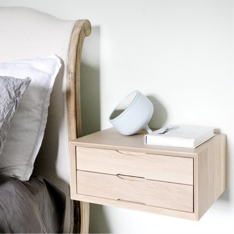 Urbansize floating oak double drawer bedside