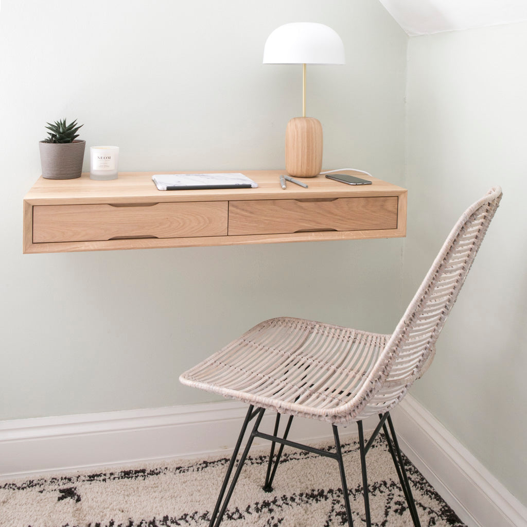 floating_oak_desk_bedroom