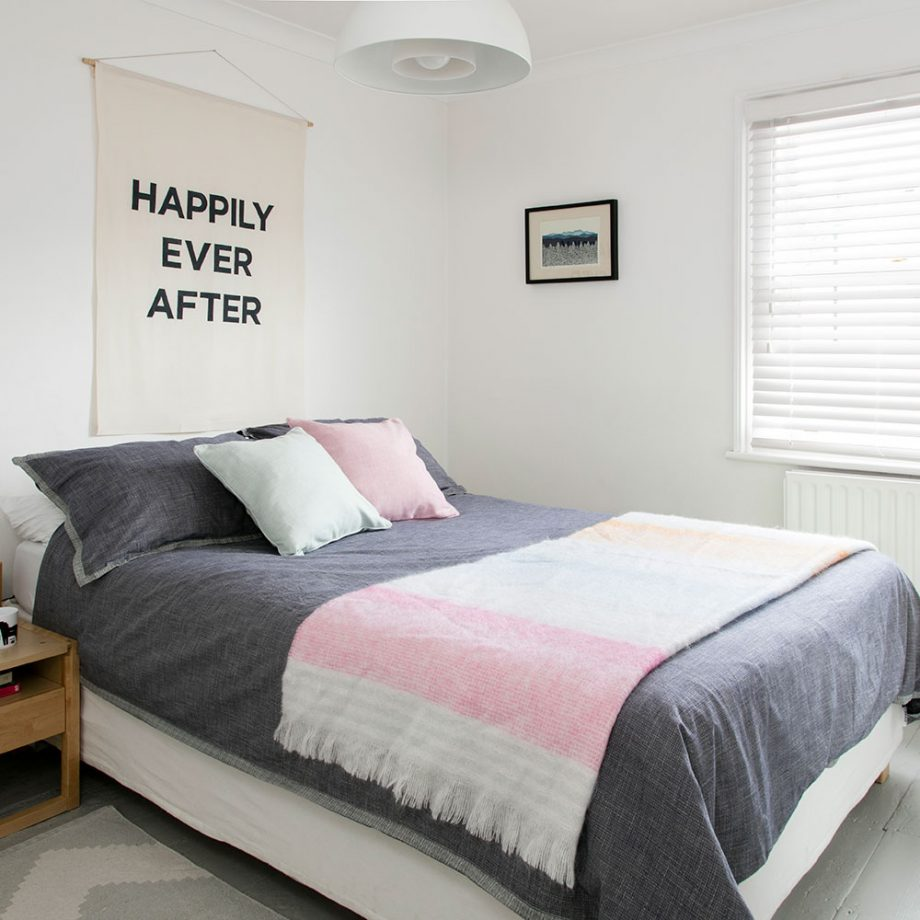 small_home_bedroom