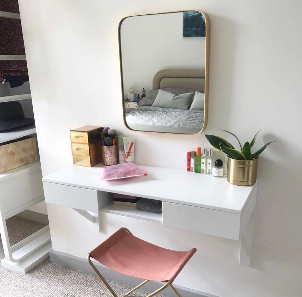 floating_dressing_table