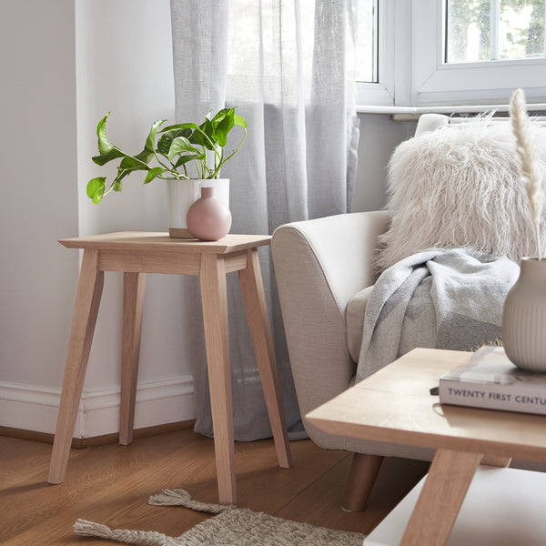 Oak Simple Side Table