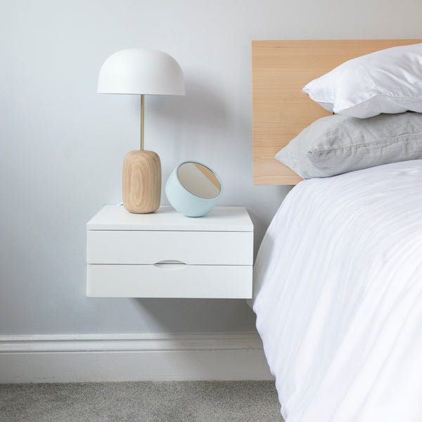 Floating bedside in white with double drawer