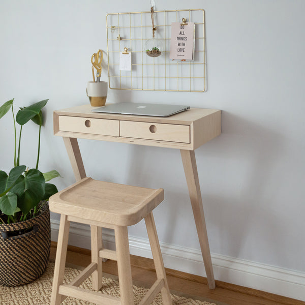 Leaning Small Desk