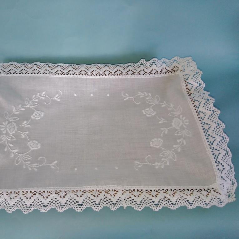 Lace Edged Tray Cloth