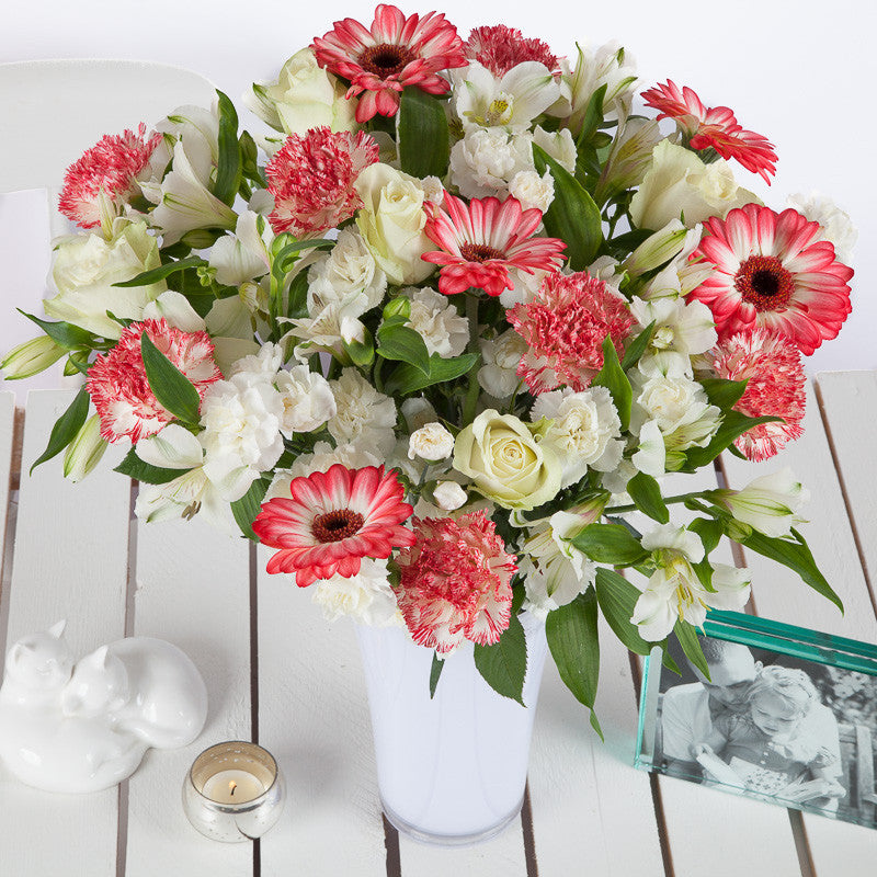 Cheap Strawberries & Cream Flower Bouquets - Next Day Delivery ...