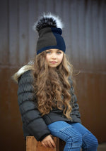 Color Block Knit Hat with Choice Of Genuine Raccoon Fur Pom Winter Hat Manière