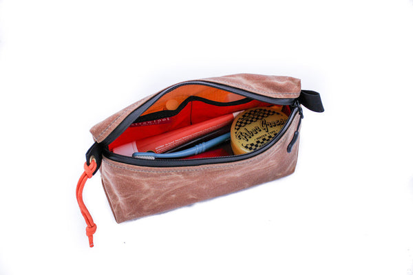Dopp Kit: Travel