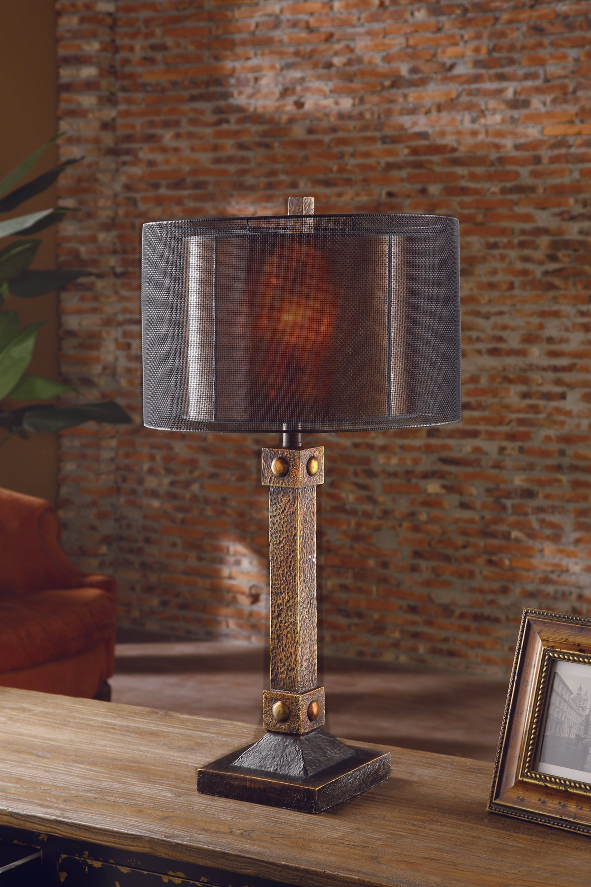 Montana Table Lamp By Crestview Collection
