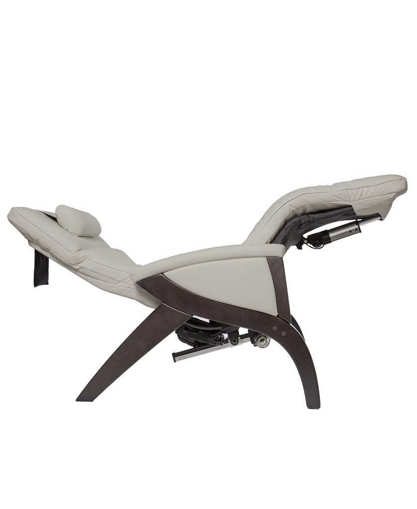 Svago ZGR Newton - The Ultimate Zero Gravity Recliner (Ivory)