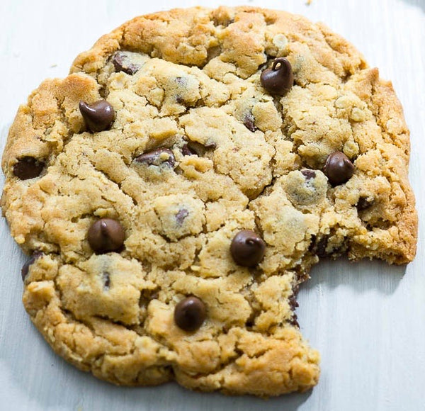 Jumbo Chocolate Chip Cookie