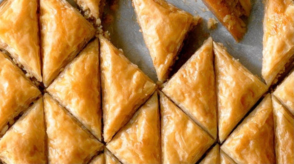 Baklava (dairy, contains nuts)