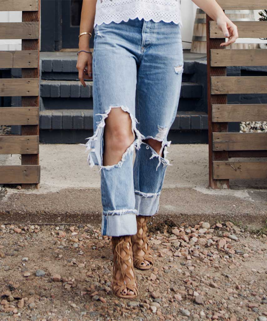 911f11709e 90's Mid Rise Loose Fit, Fall Out