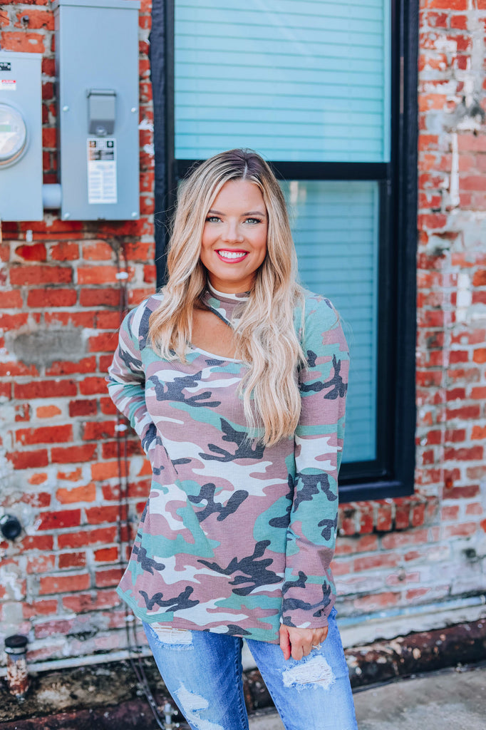 Cuttin' Camo Top - Olive