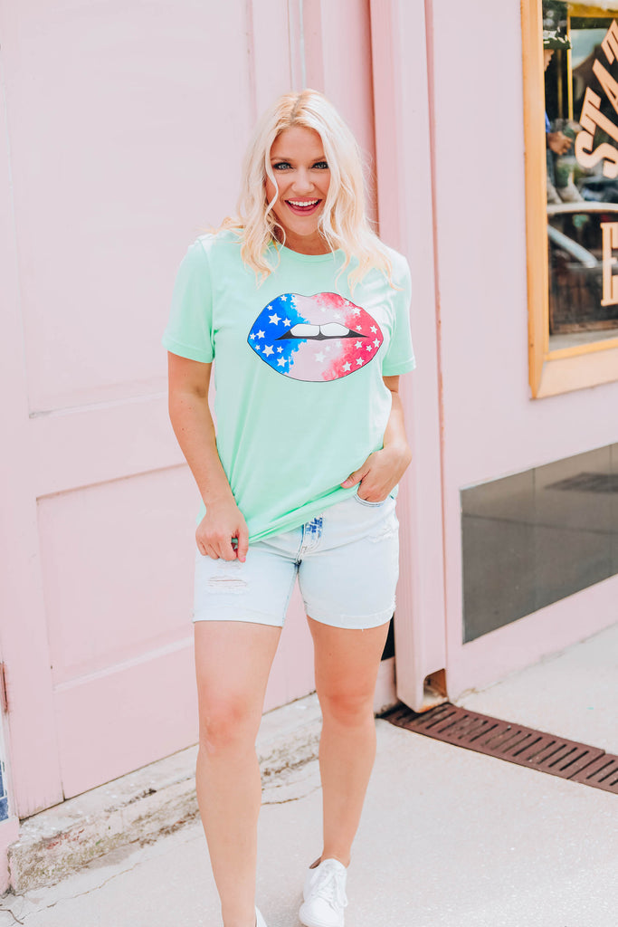 Star Lippy Graphic Tee - Mint