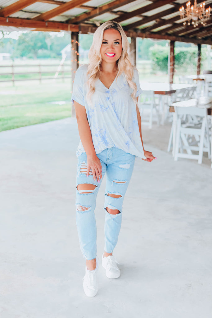 Cloudy Skies Tie Dye Top - Blue