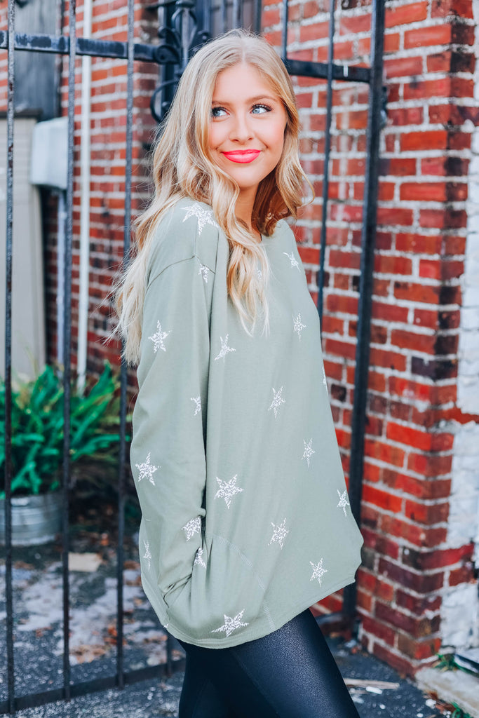 She'll Be A Star Pullover - Olive