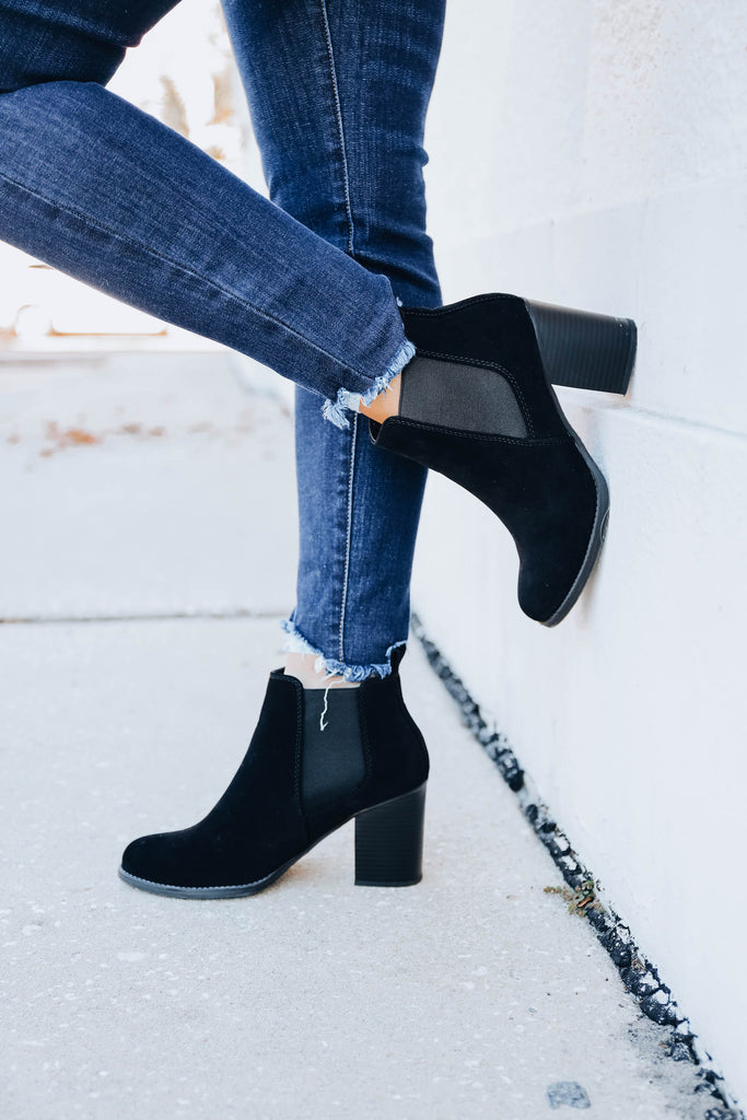 Walk With Me Booties - Black