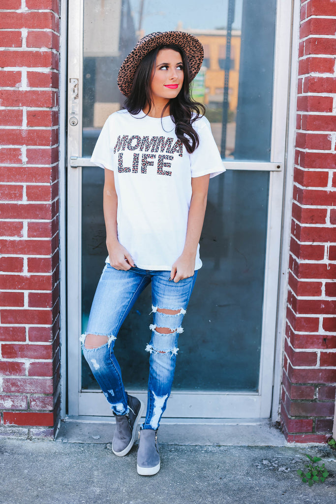 Momma Life Graphic Tee - White