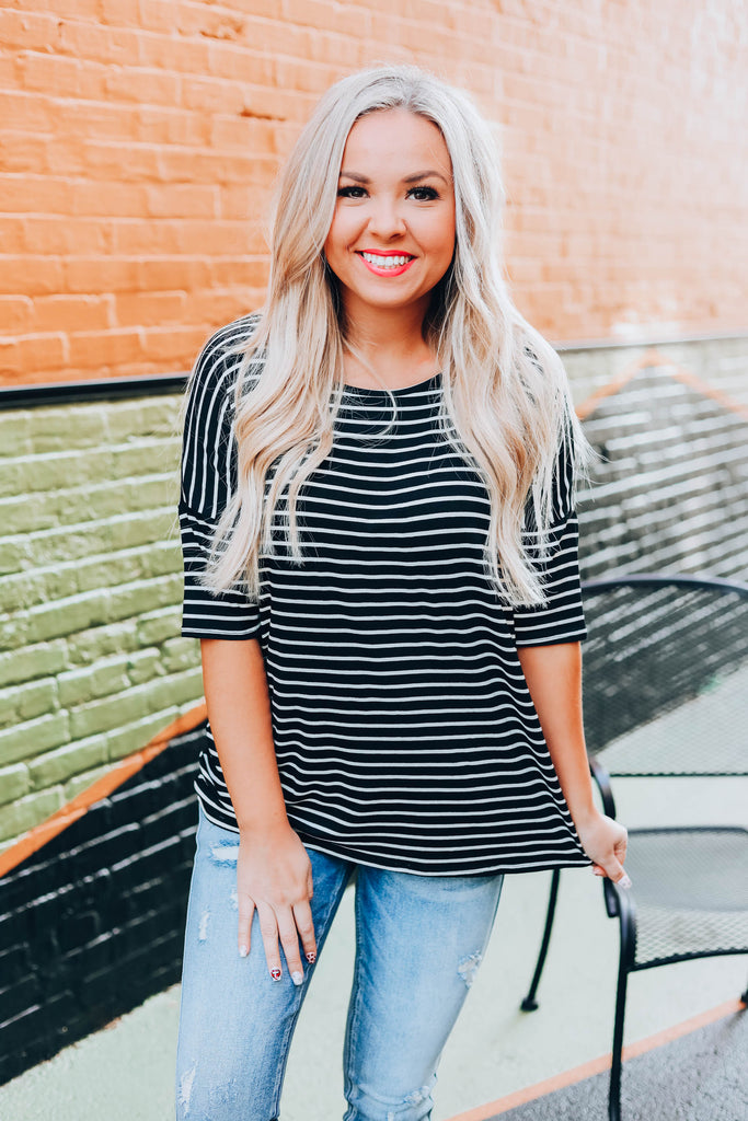 Cute And Casual Top - Black
