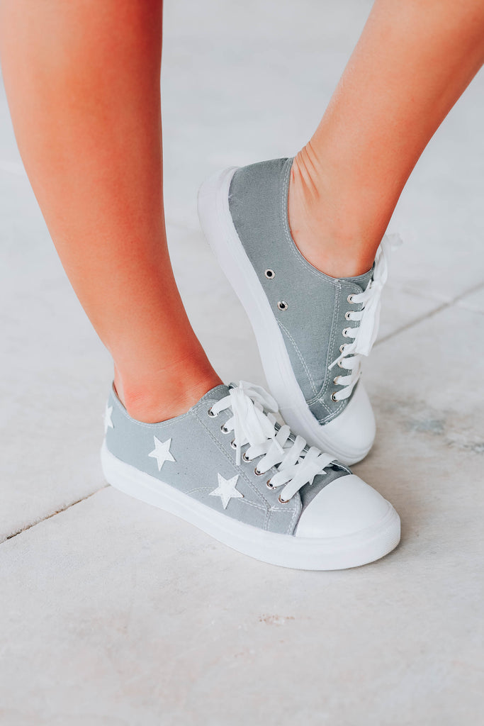 All Star Low Top Sneaker - Grey