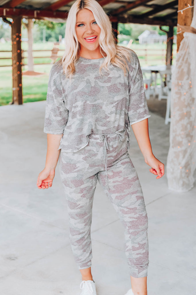 Kick Back Camo Lounge Set