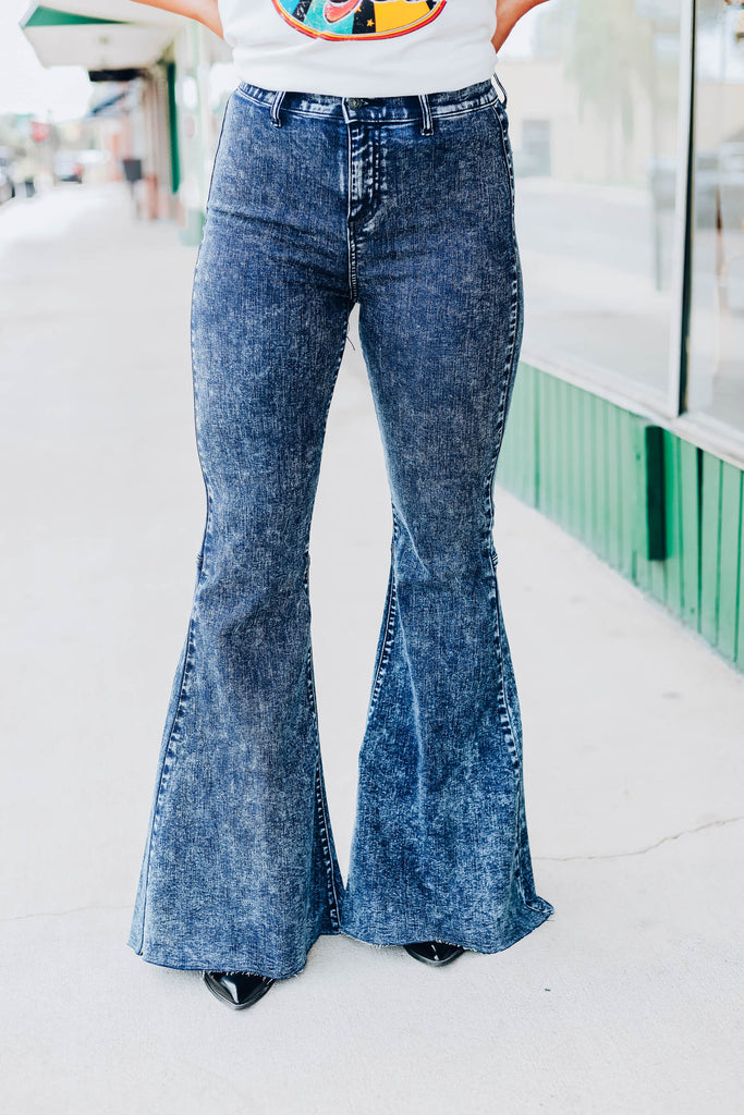Taylor Flare Jeans